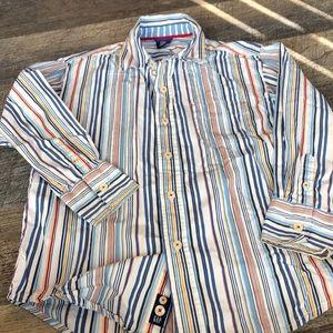 Boys Gap small 6/7.  Button down shirt.